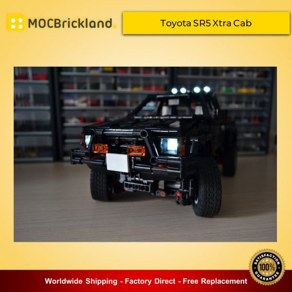 Technic MOC-43124 Toyota SR5 Xtra Cab 4x4 Pickup Truck-Back To The Future By RM8 LEGO Garage - BrickGarage MOCBRICKLAND